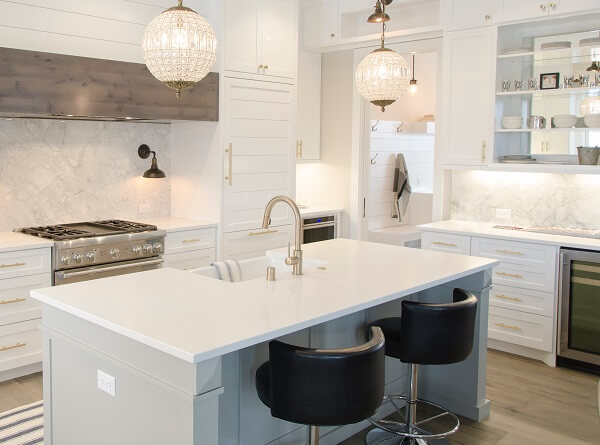 white granite kitchen worktop