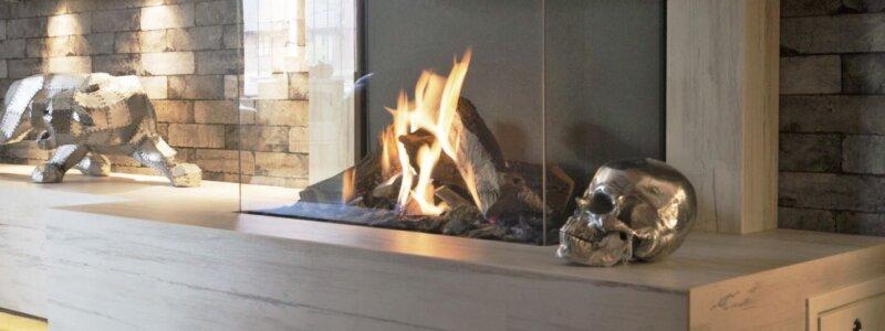 Dekton fireplace